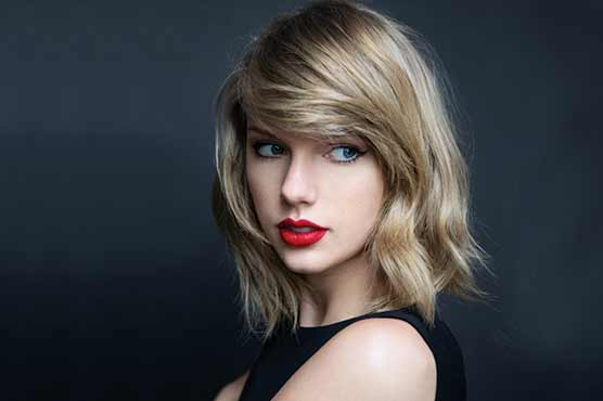 LOS ANGELES Reuters Taylor Swift Climbed Back To The Top Spot On Newly Revamped US Billboard 200 Album Chart Wednesday In A List That