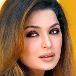 Meera reaches Dubai after completing shoot of Indian movie
