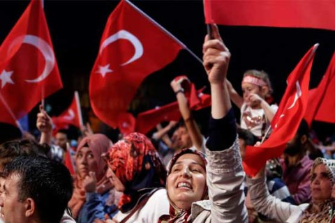 Ban lifted: Army officers finally allowed wearing hijab in Turkey